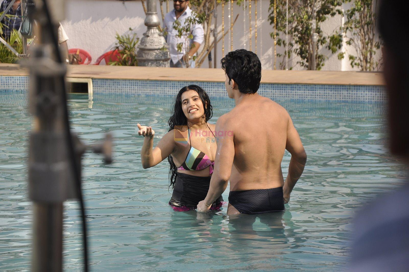 Maushmi Udeshi bikini shoot in Mumbai on 28th Dec 2014