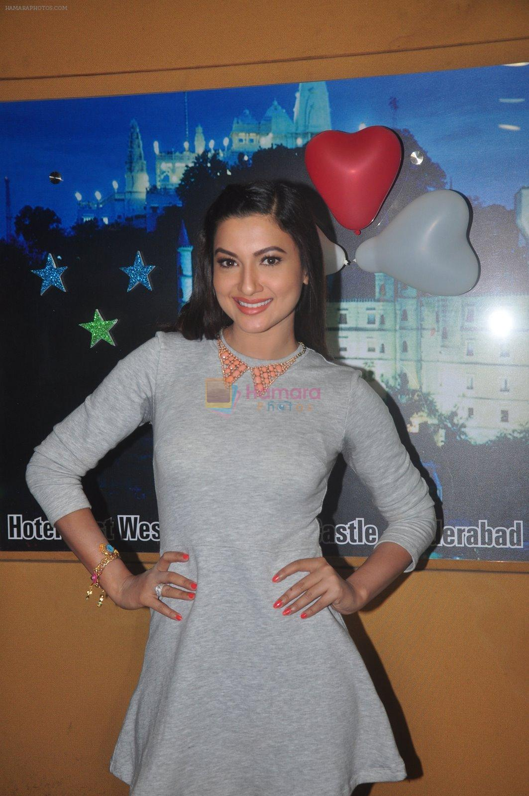 Gauhar Khan promote Country Club new year's in Mumbai on 29th Dec 2014