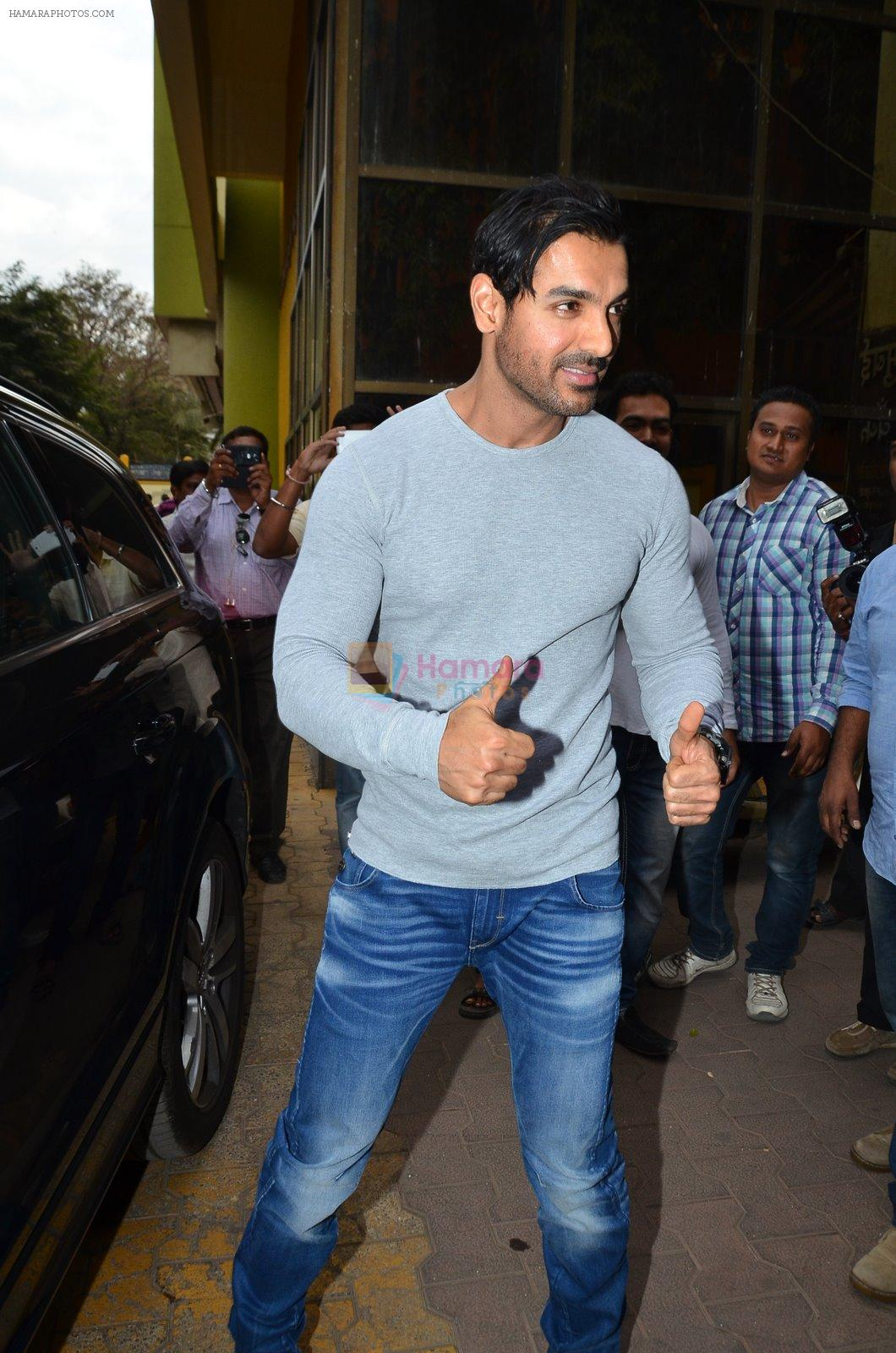John Abraham at the launch of book In Search of Dignity and Justice by Sudharak Olwe in Mumbai on 22nd Jan 2015