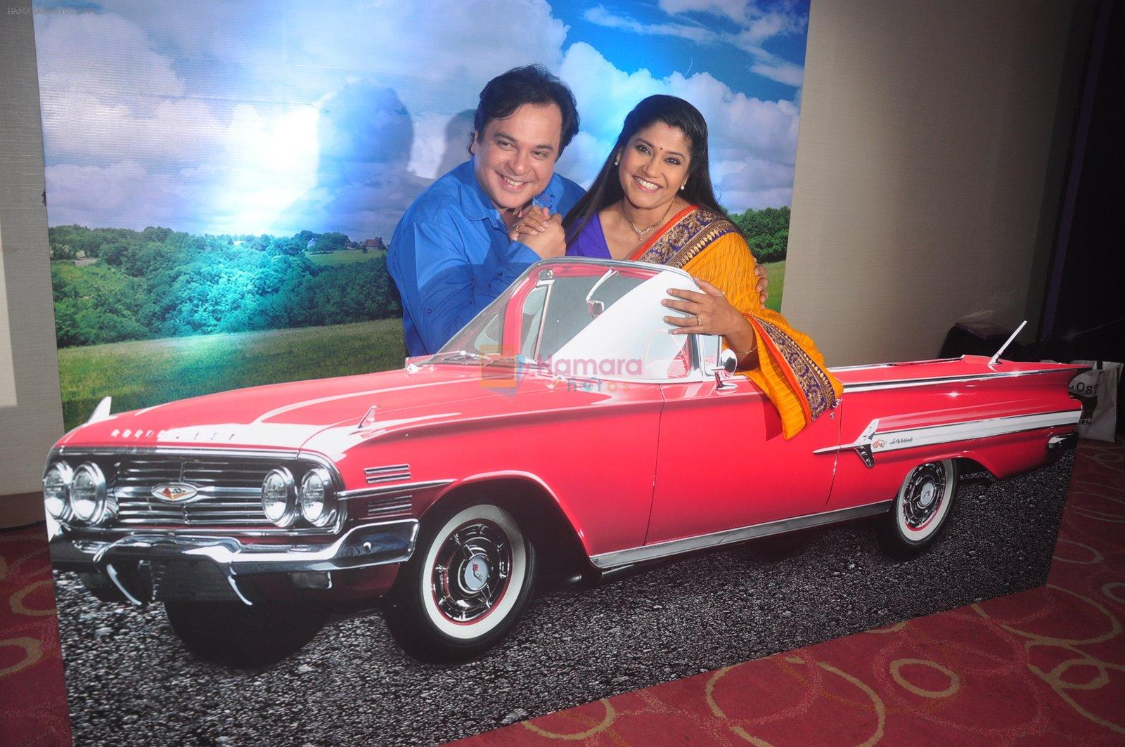 Renuka Shahane, Mahesh Thakur at Disney launches new shows and poitined as family channel in Courtyard Marriott, Mumbai on 22nd Jan 2015
