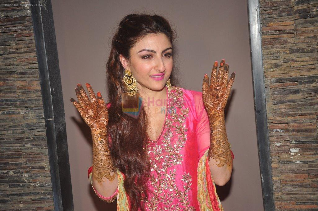 Soha Ali Khan's mehendi in Khar on 23rd Jan 2015