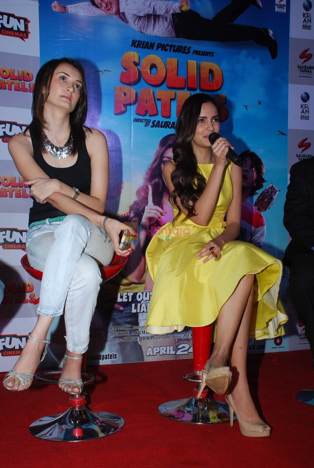 Vaishali Desai, Shazahn Padamsee at Solid Patels trailer launch in Fun on 18th March 2015