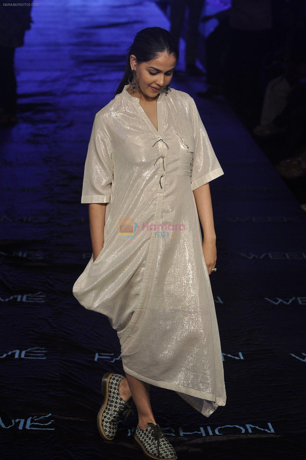 Genelia D Souza at Asmita Marwa Show at Lakme Fashion Week 2015 Day 3 on 20th March 2015