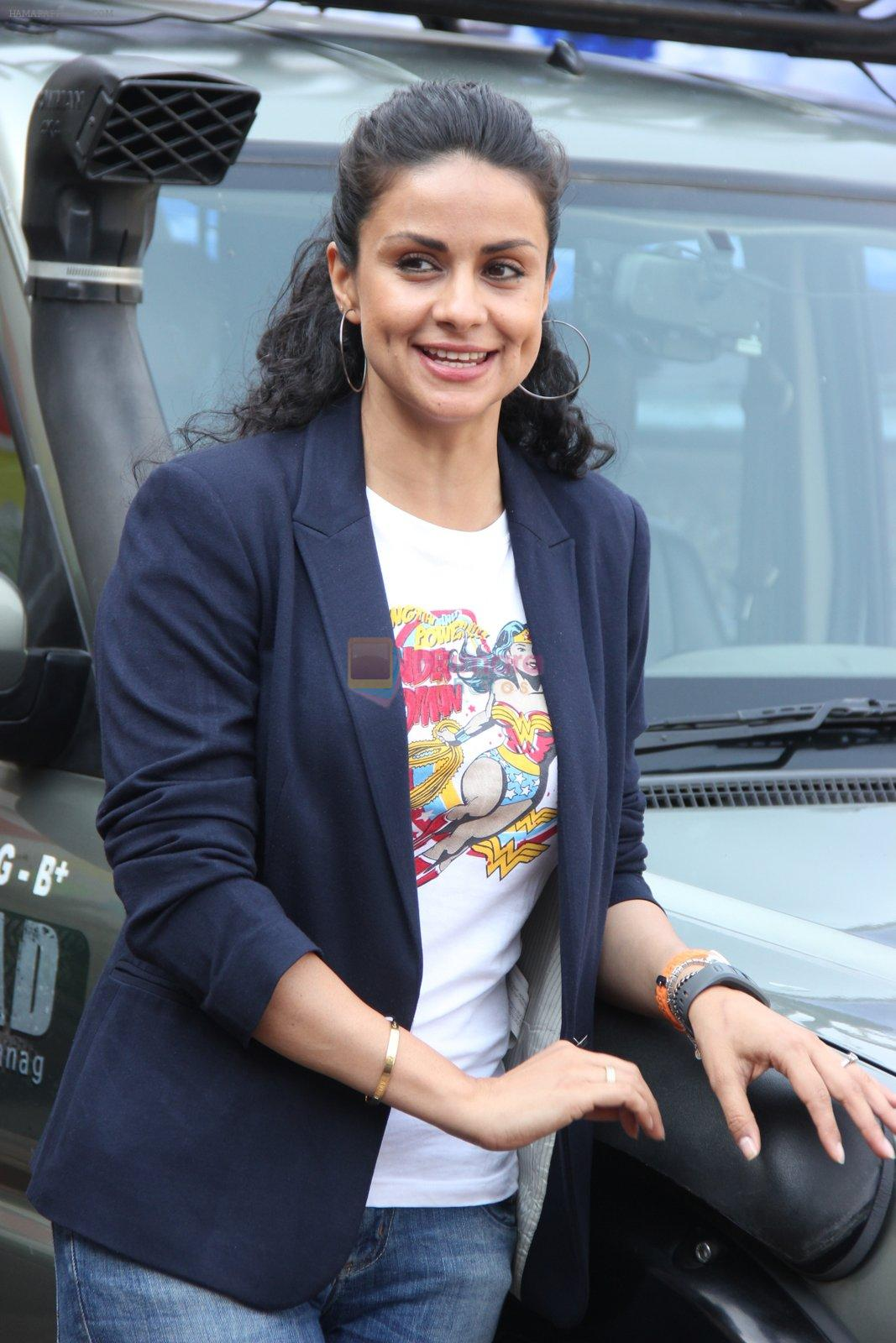 Gul Panag at Mahindra & Discovery Off Road With Gul Panag series launch in Mumbai on 25th March 2015