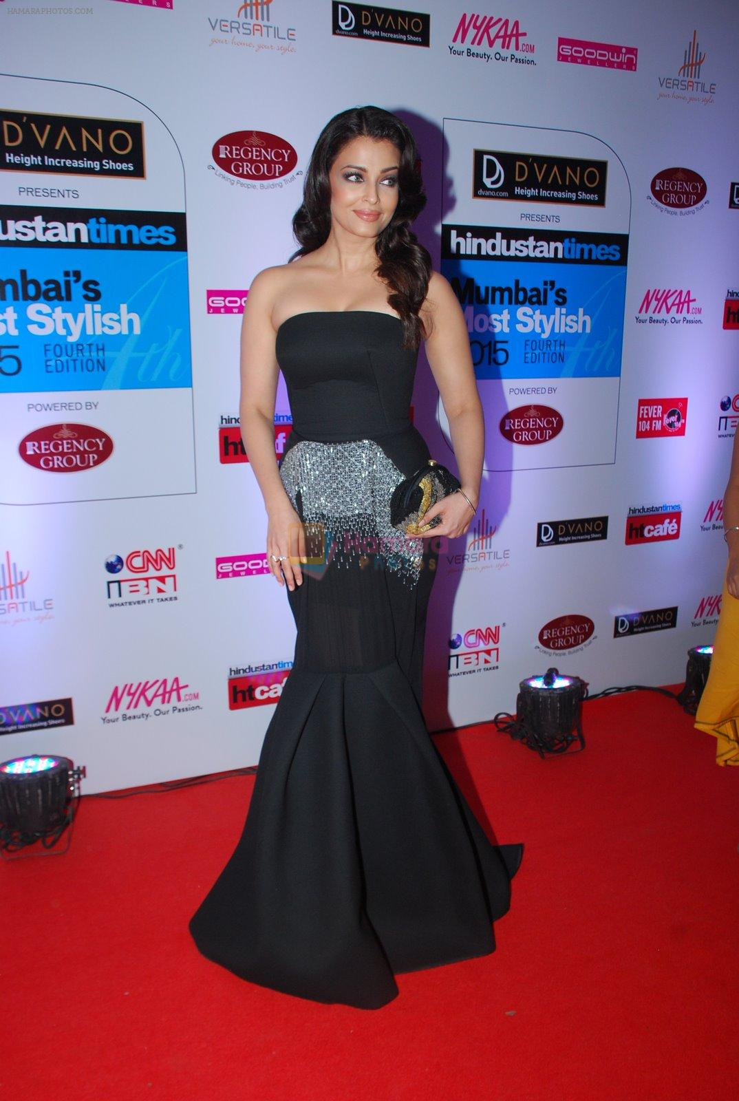 Aishwarya Rai Bachchan at HT Mumbai's Most Stylish Awards 2015 in Mumbai on 26th March 2015