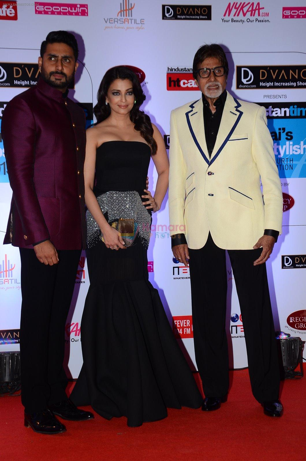 Abhishek Bachchan, Aishwarya Rai Bachchan, Amitabh Bachchan at HT Mumbai's Most Stylish Awards 2015 in Mumbai on 26th March 2015