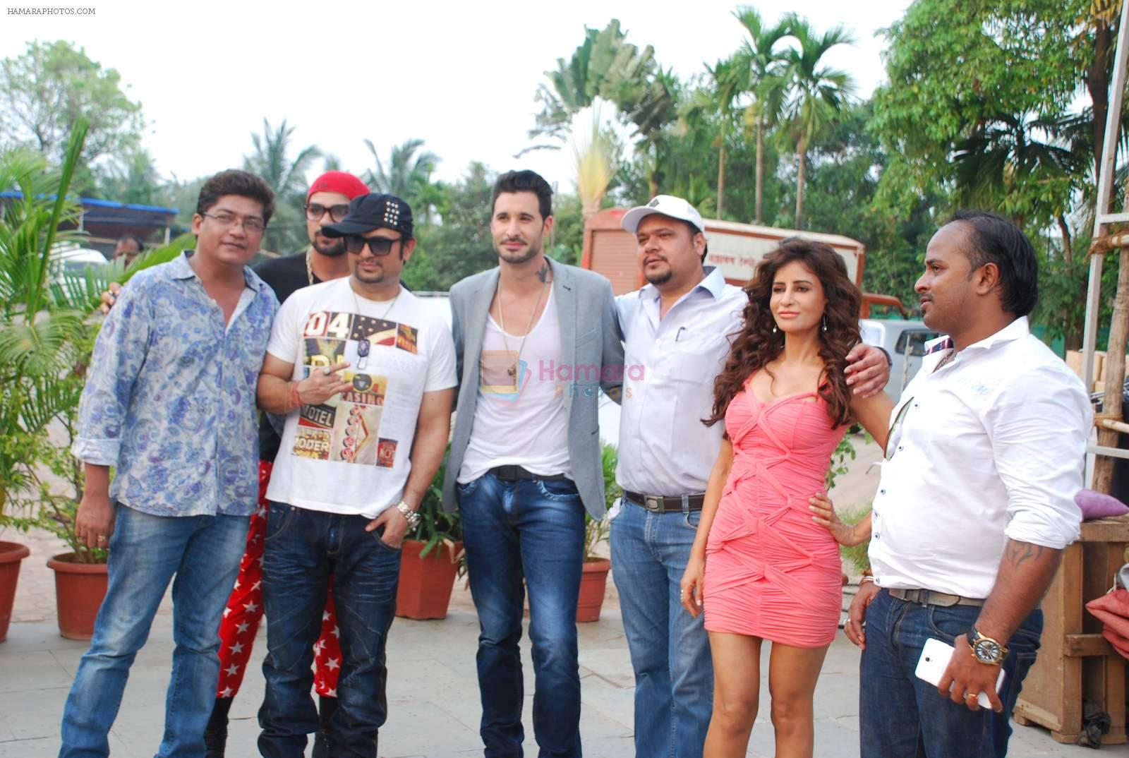 Daniel Weber, Saru Maini at the song picturization of movie Dangerous husn in Mumbai on 27th March 2015