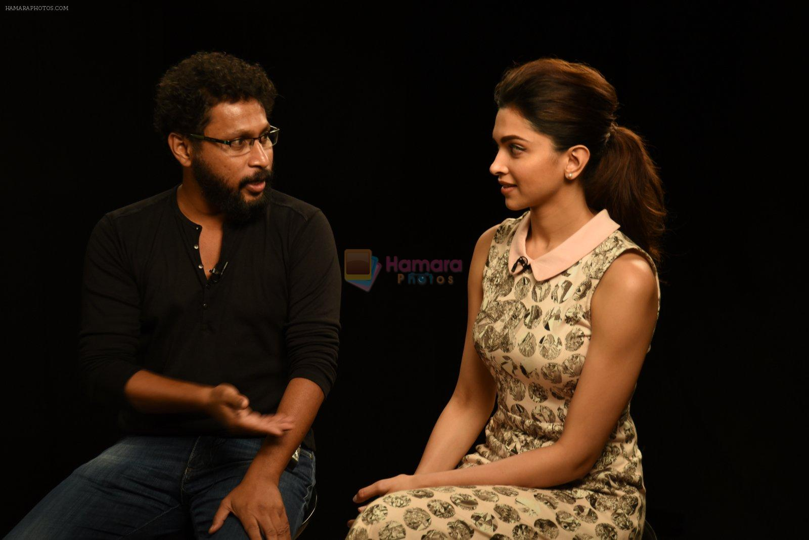 Deepika Padukone,  Shoojit Sircar at Piku Media meet in Mumbai on 16th April 2015