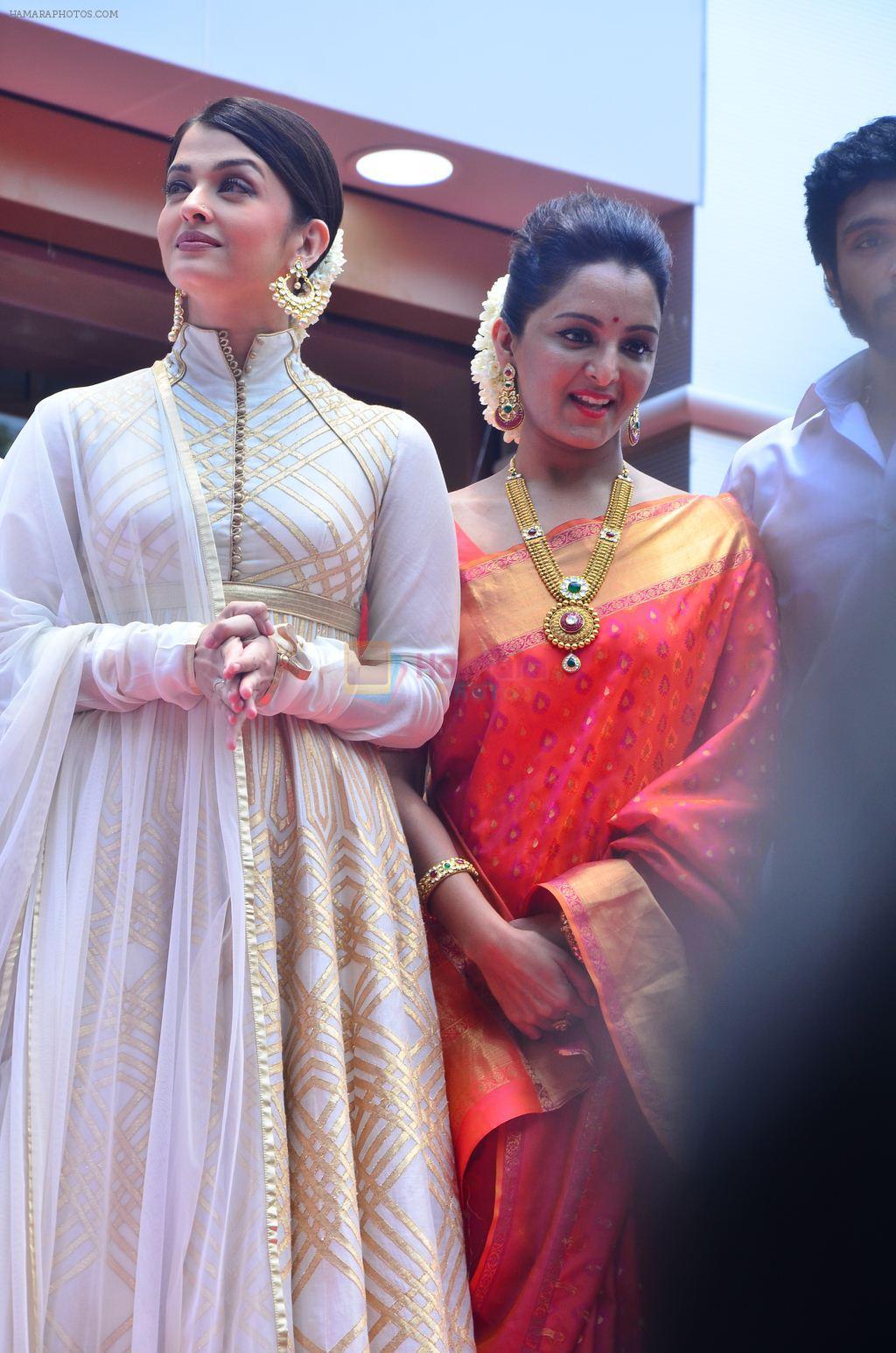 aishwarya rai bachchan at kalyan jewellers showroom in chennai on