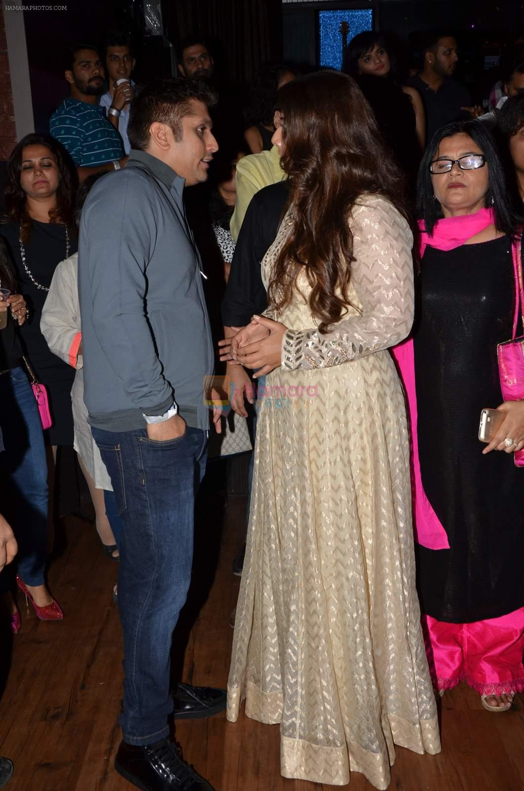 Vidya Balan, Mohit Suri at Radio Mirchi Top 20 Awards in Hard Rock Cafe on 20th May 2015