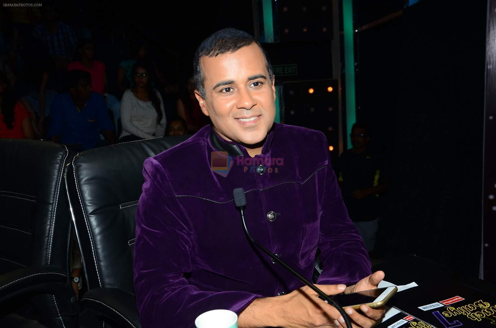 Chetan Bhagat on the sets of Nach Baliye on 17th June 2015