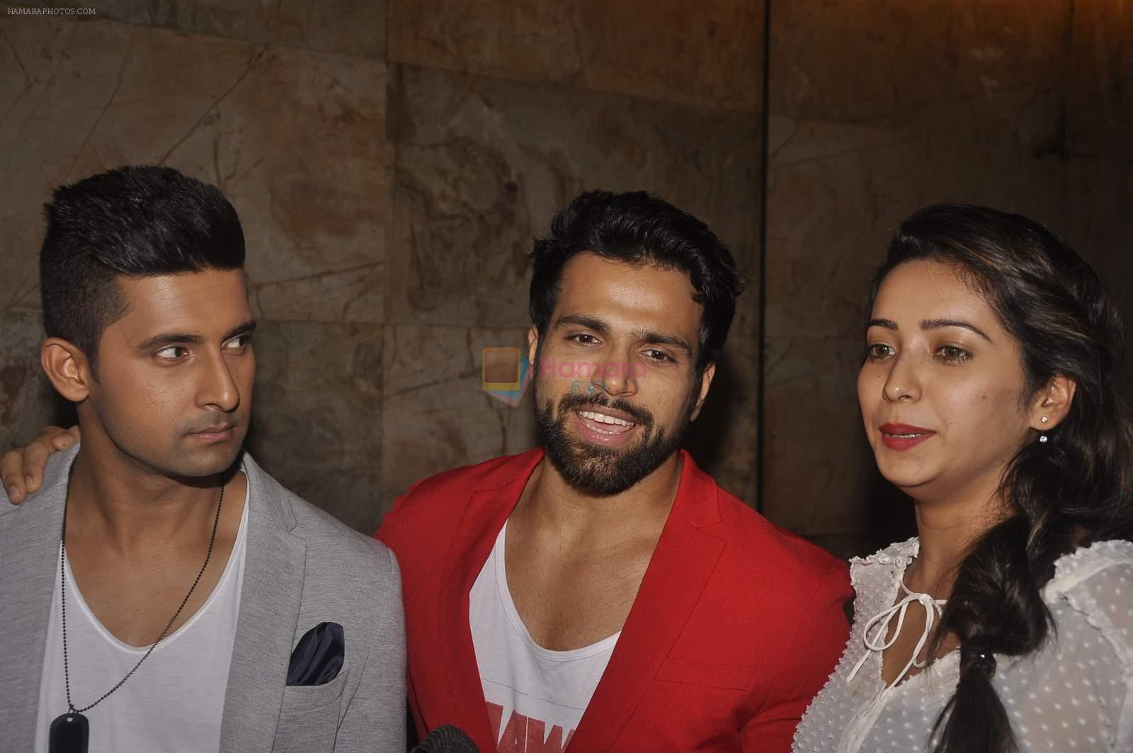 Ravi Dubey, Rithvik Dhanjani, Asha Negi at the Special screening of Inside Out in Mumbai on 25th June 2015