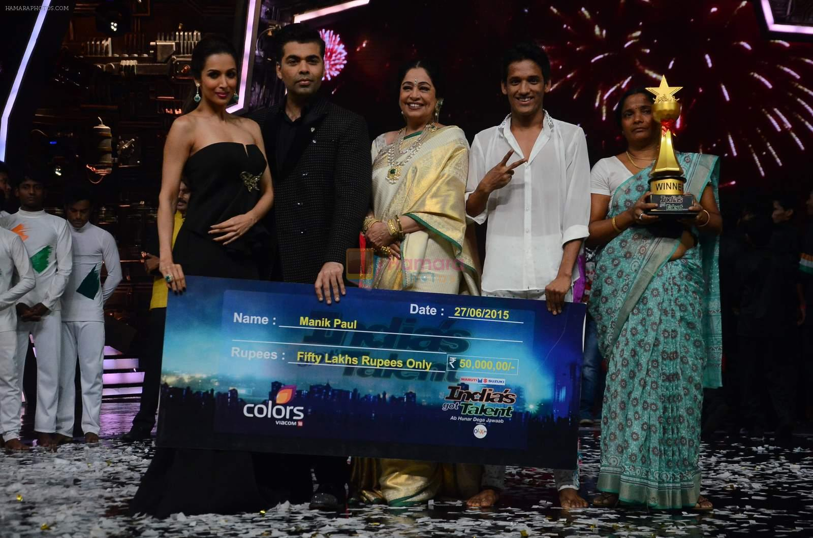 Kiron Kher, Karan Johar, Malaika Arora Khan at IGT grand finale in Filmcity, Mumbai on 27th June 2015