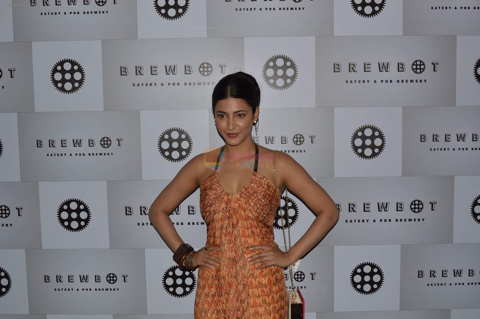 Shruti Hassan Shruti Hassan at Brew Hot cafe in Andheri, Mumbai on 28th June 2015