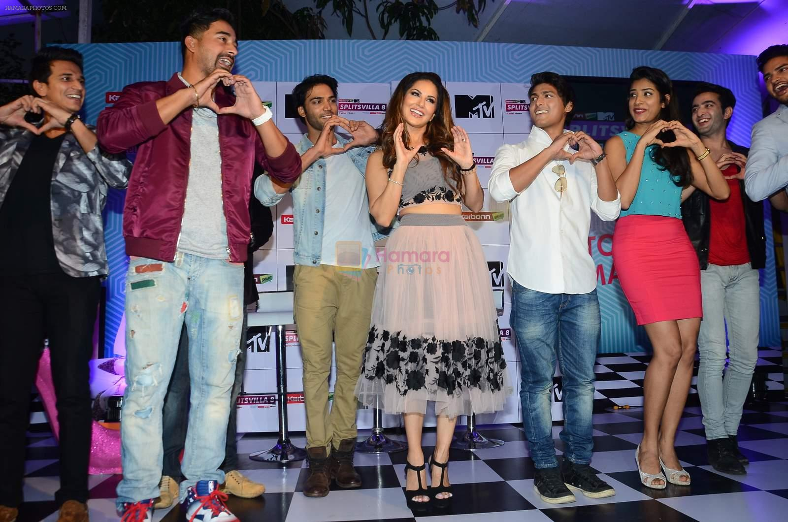 Sunny Leone, Rannvijay Singh at mtv splistvilla bash in Mumbai on 30th June 2015