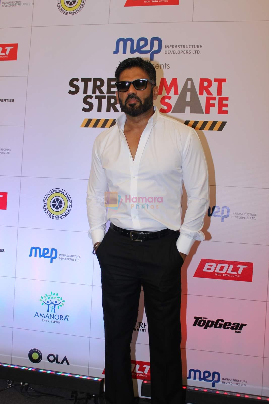 Sunil Shetty at streetsmart street safe campaign launch by top gear magazine and mumbai police on  30th June 2015