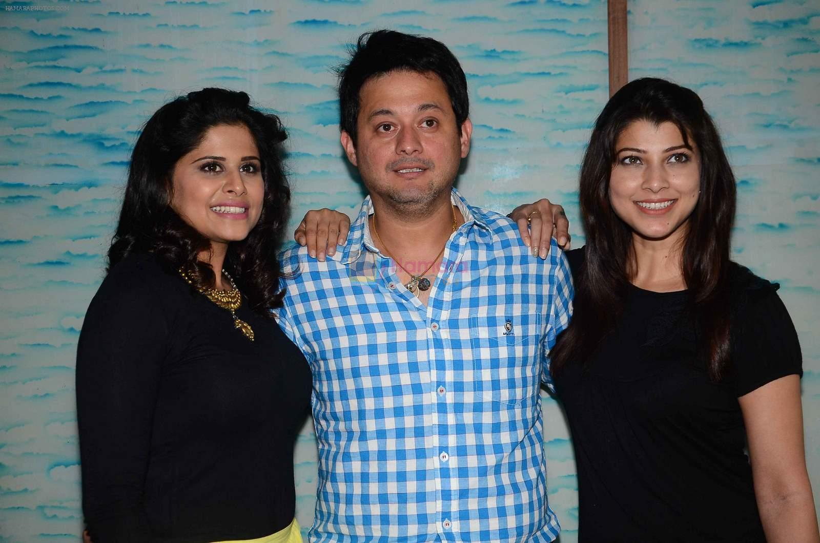 Tejaswini Pandit, Swapnil Joshi , Sai Tamhankar at Marathi film Tu Hi Re song recording in Famous on 31st Aug 2015