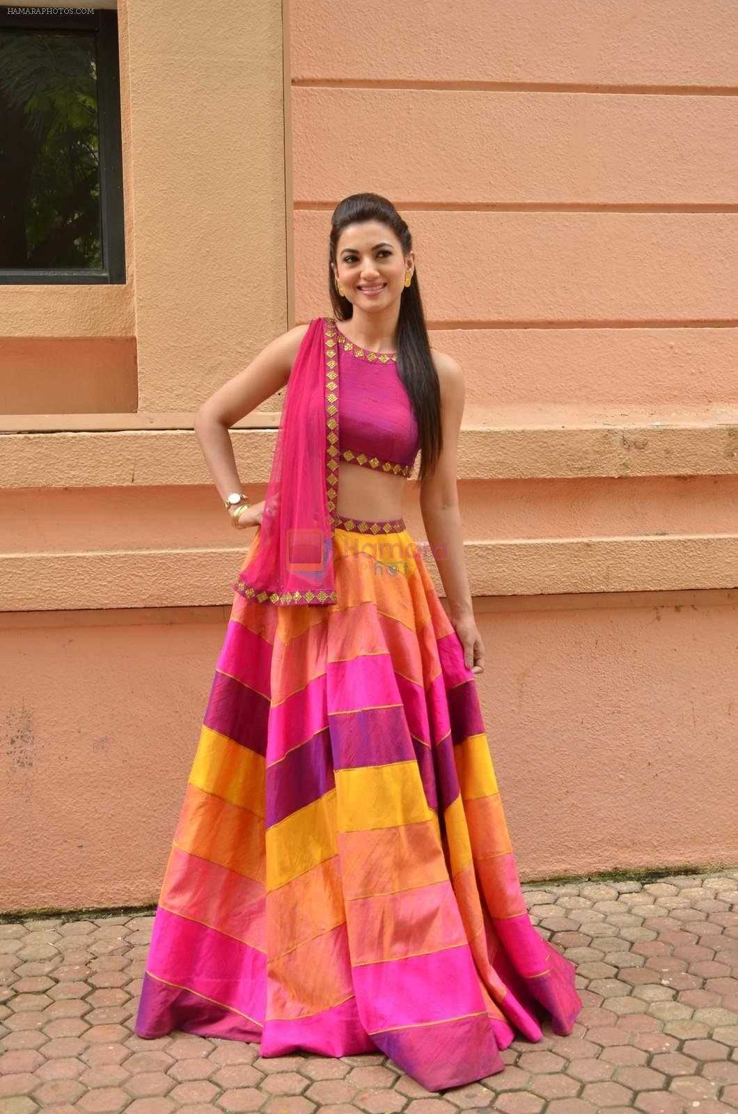 Gauhar Khan at Country Club Navratri press meet in Andheri, Mumbai on 12th Sept 2015