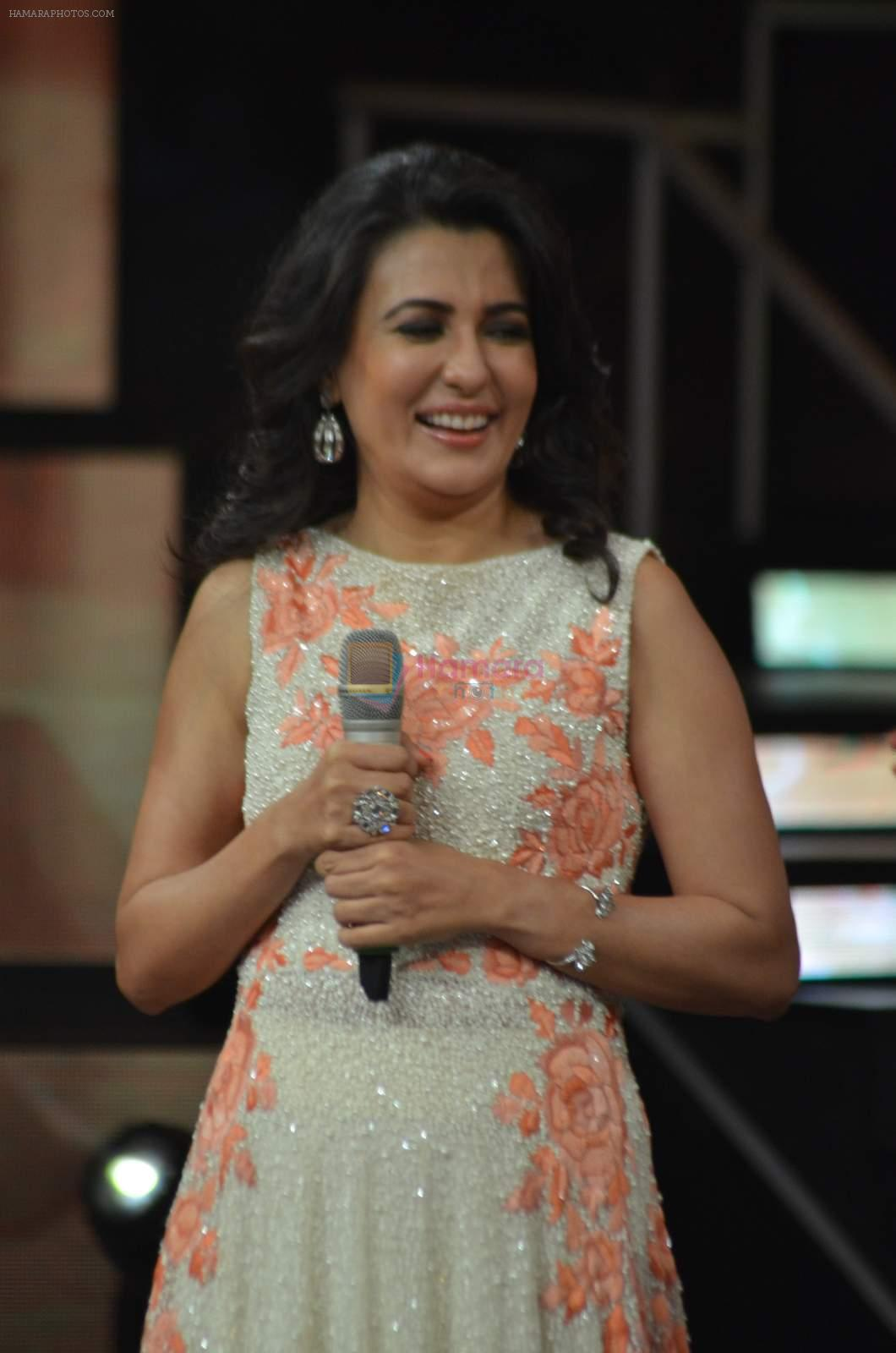 Mini Mathur at Indian Idol episode special in Filmcity on 15th Sept 2015