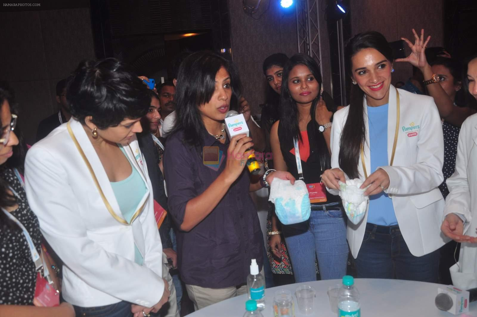 Tara Sharma and Mandira Bedi at Pampers event on 20th Sept 2015
