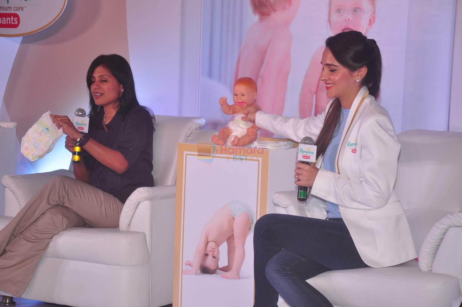 Tara Sharma at Pampers event on 20th Sept 2015