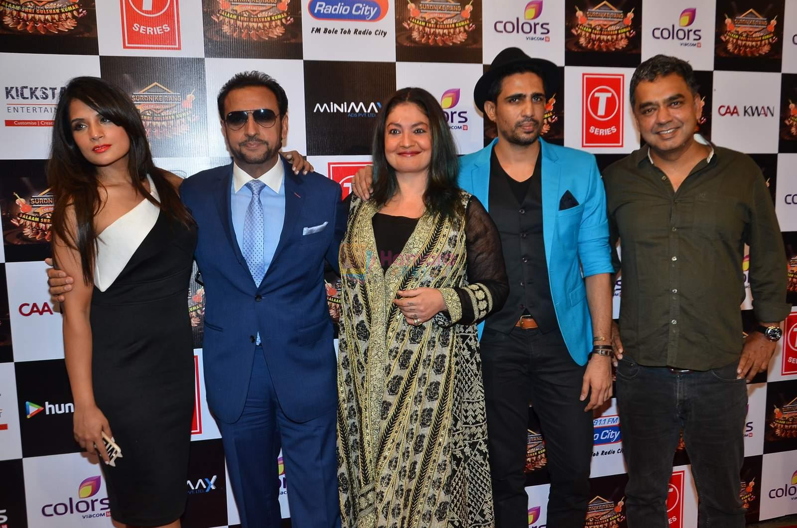 Gulshan Grover, Pooja Bhatt, Richa Chadda at Gulshan Kumar Tribute in Filmcity on 22nd Sept 2015