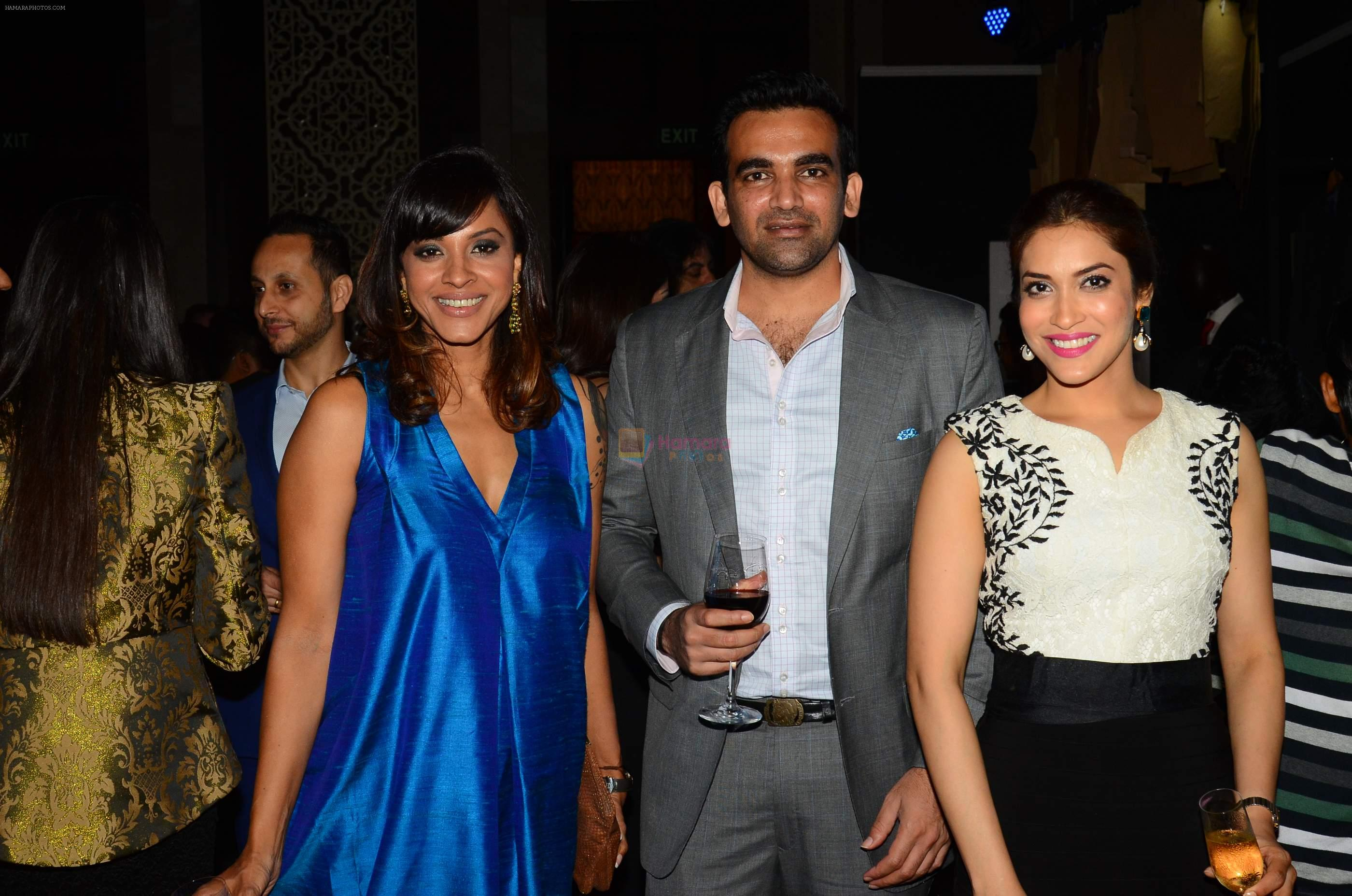 Manasi Scott, Zaheer Khan, Rashmi Nigam at Chivas 18 Ashish Soni event at St Regis on 22nd Sept 2015