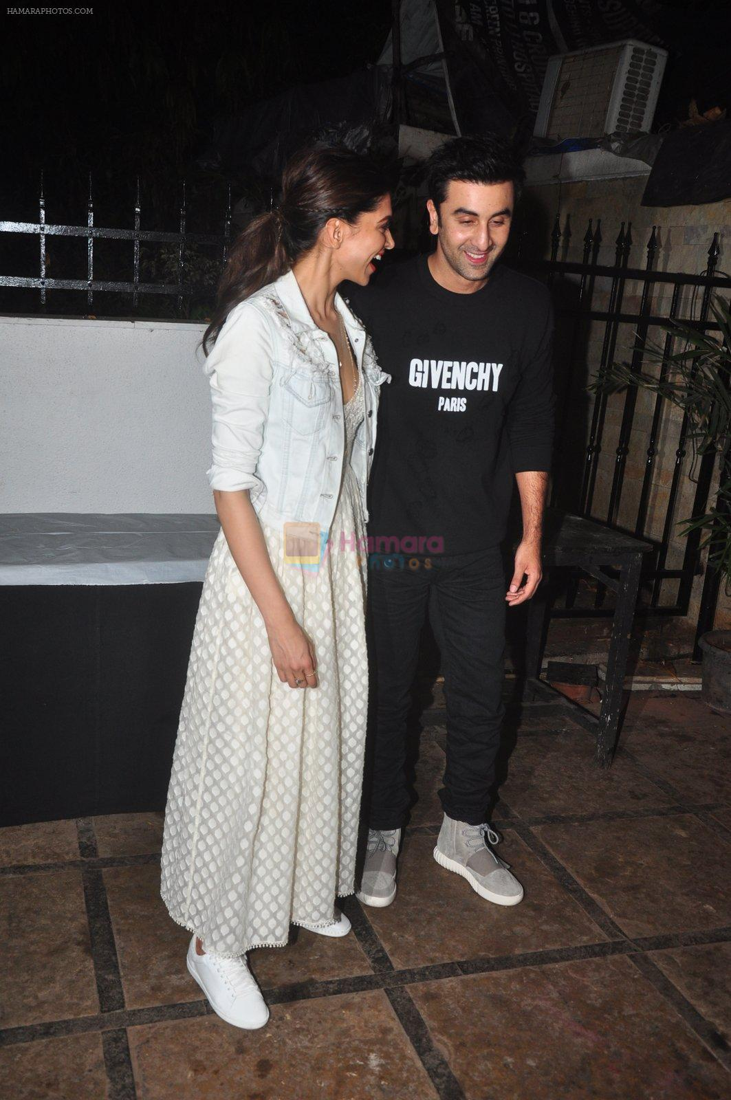 Deepika Padukone, Ranbir Kapoor at Tamasha promotions on 6th Nov 2015
