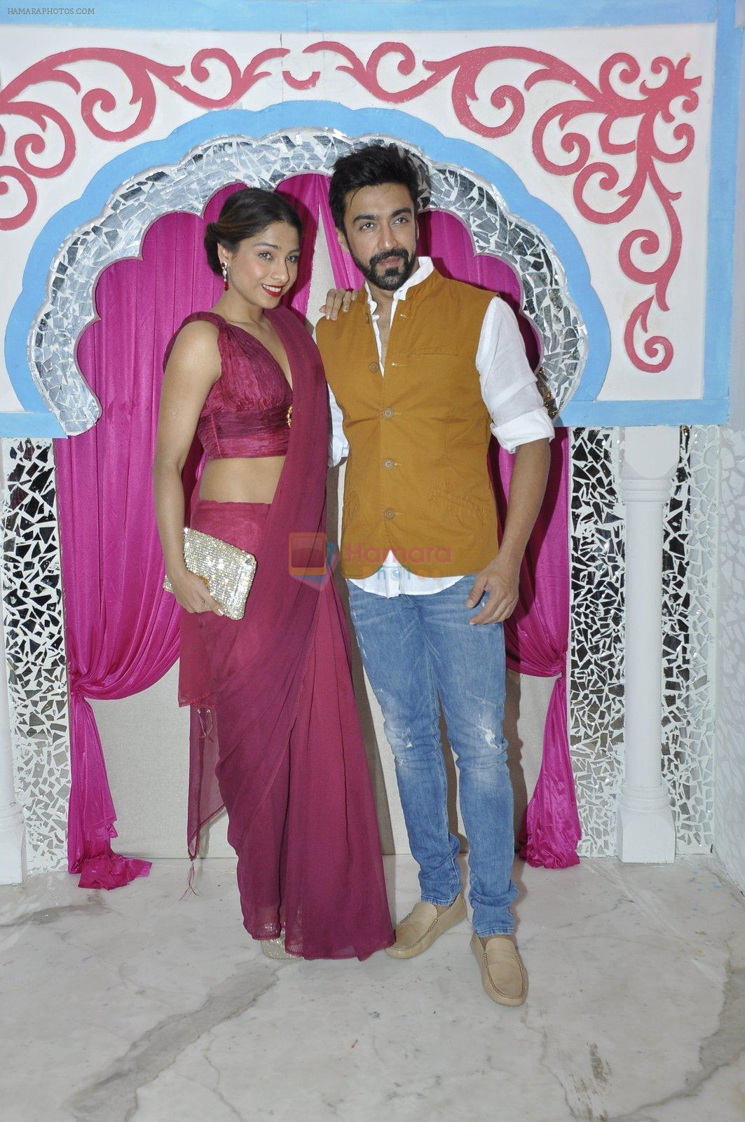 Aashish Chaudhary at Sachin Joshi's diwali bash on 7th Nov 2015