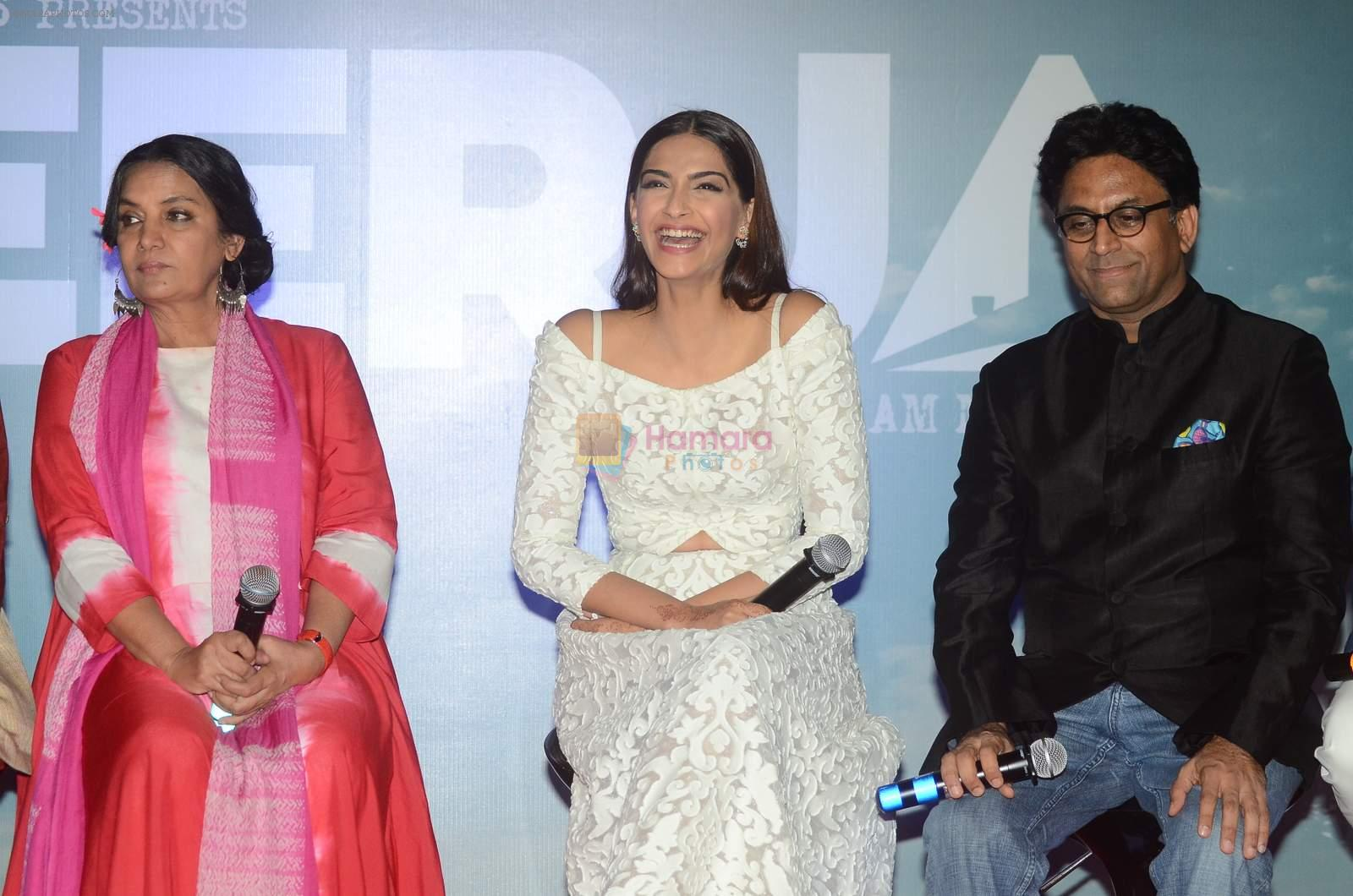 Sonam Kapoor, Shabana Azmi at Neerja film launch in Mumbai on 17th Dec 2015