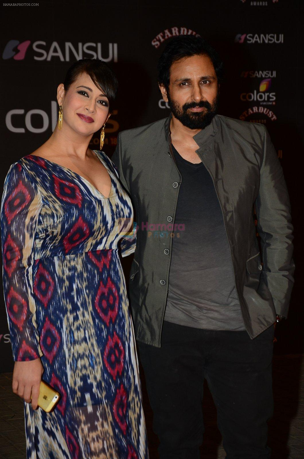 Preeti Jhangiani, Pravin Dabas at the red carpet of Stardust awards on 21st Dec 2015