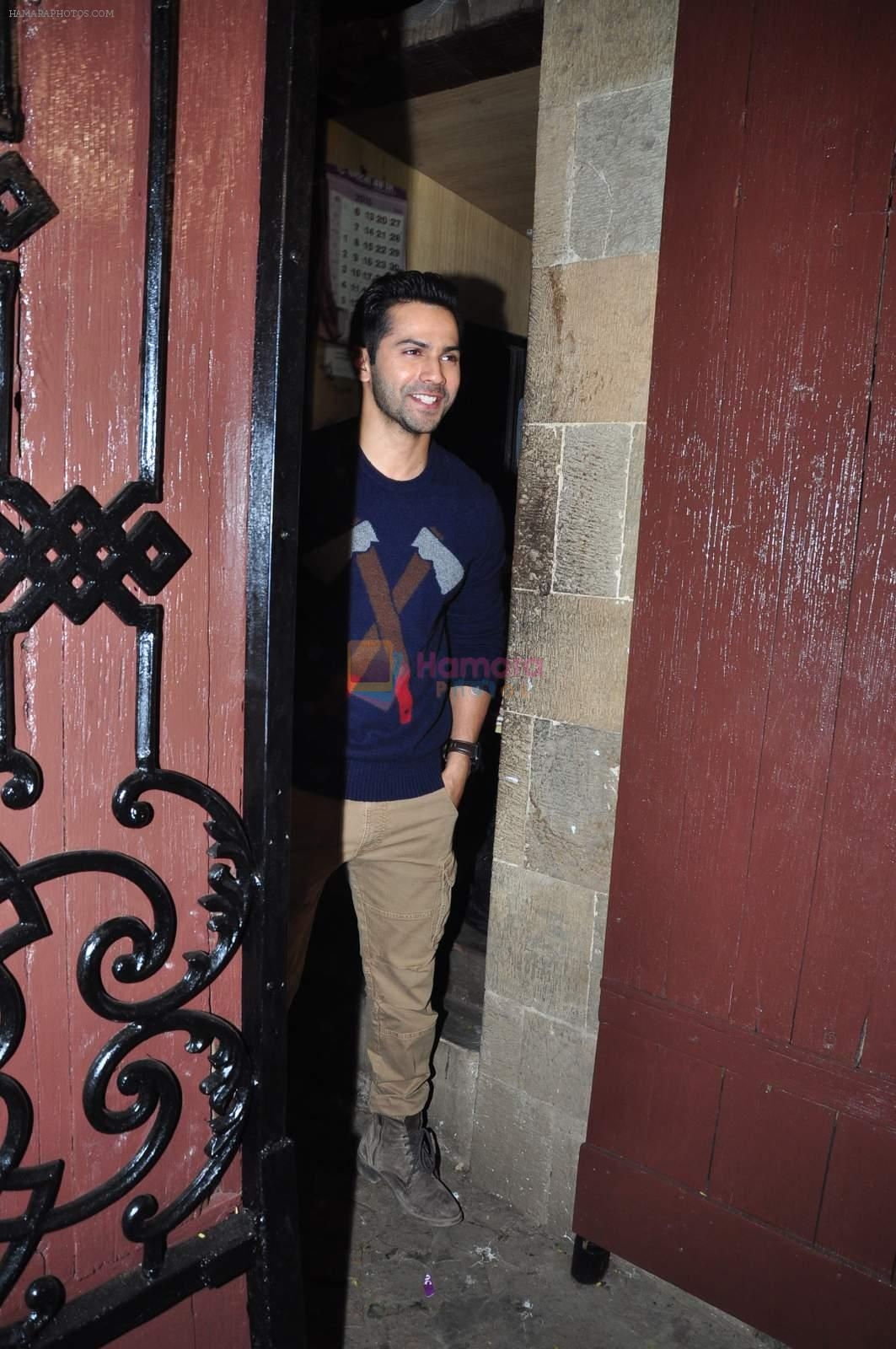 Varun Dhawan  at Anil kapoor's bday bash on 23rd Dec 2015
