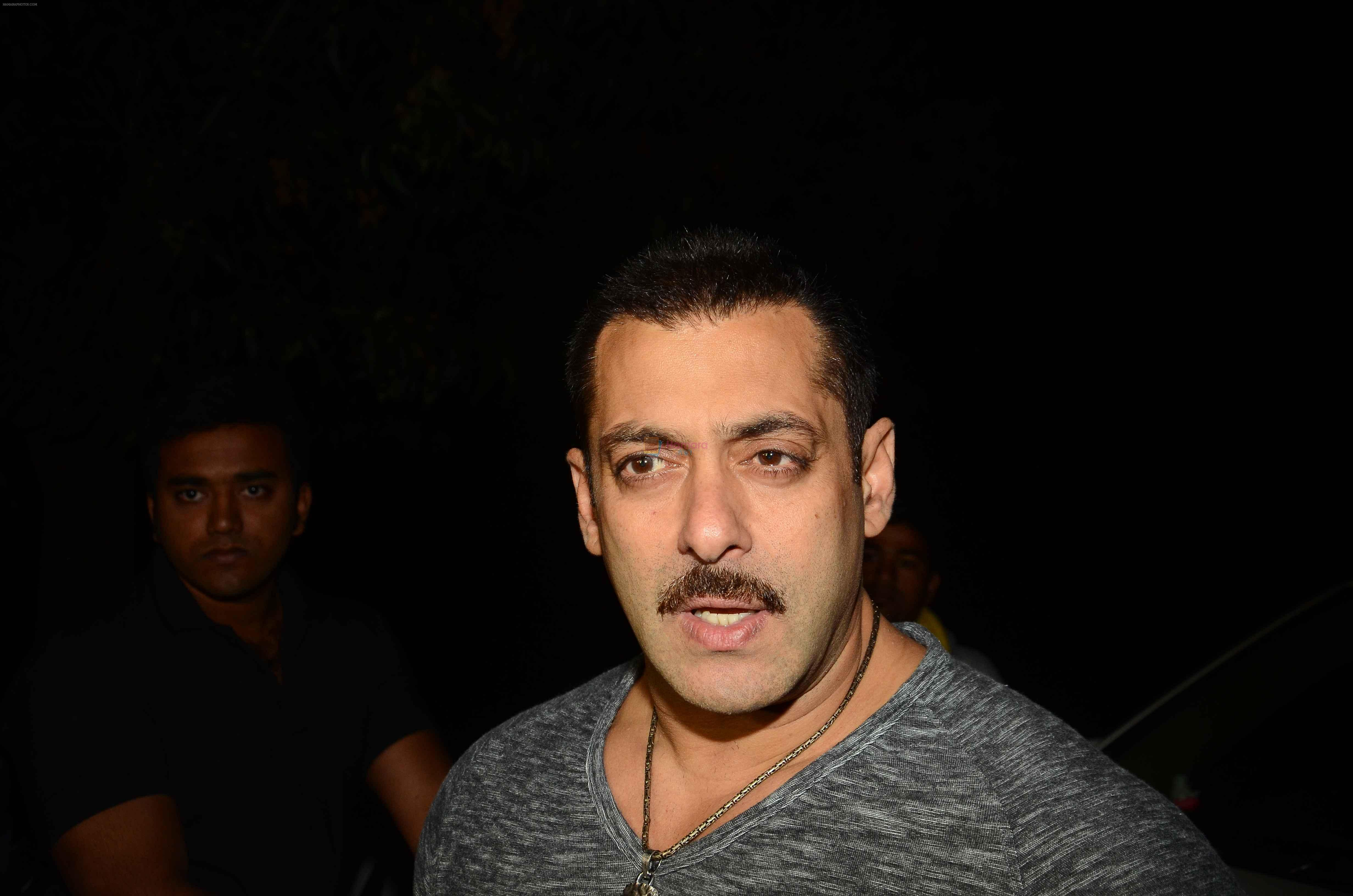Salman KHan Birthday Bash on 27th Dec 2015