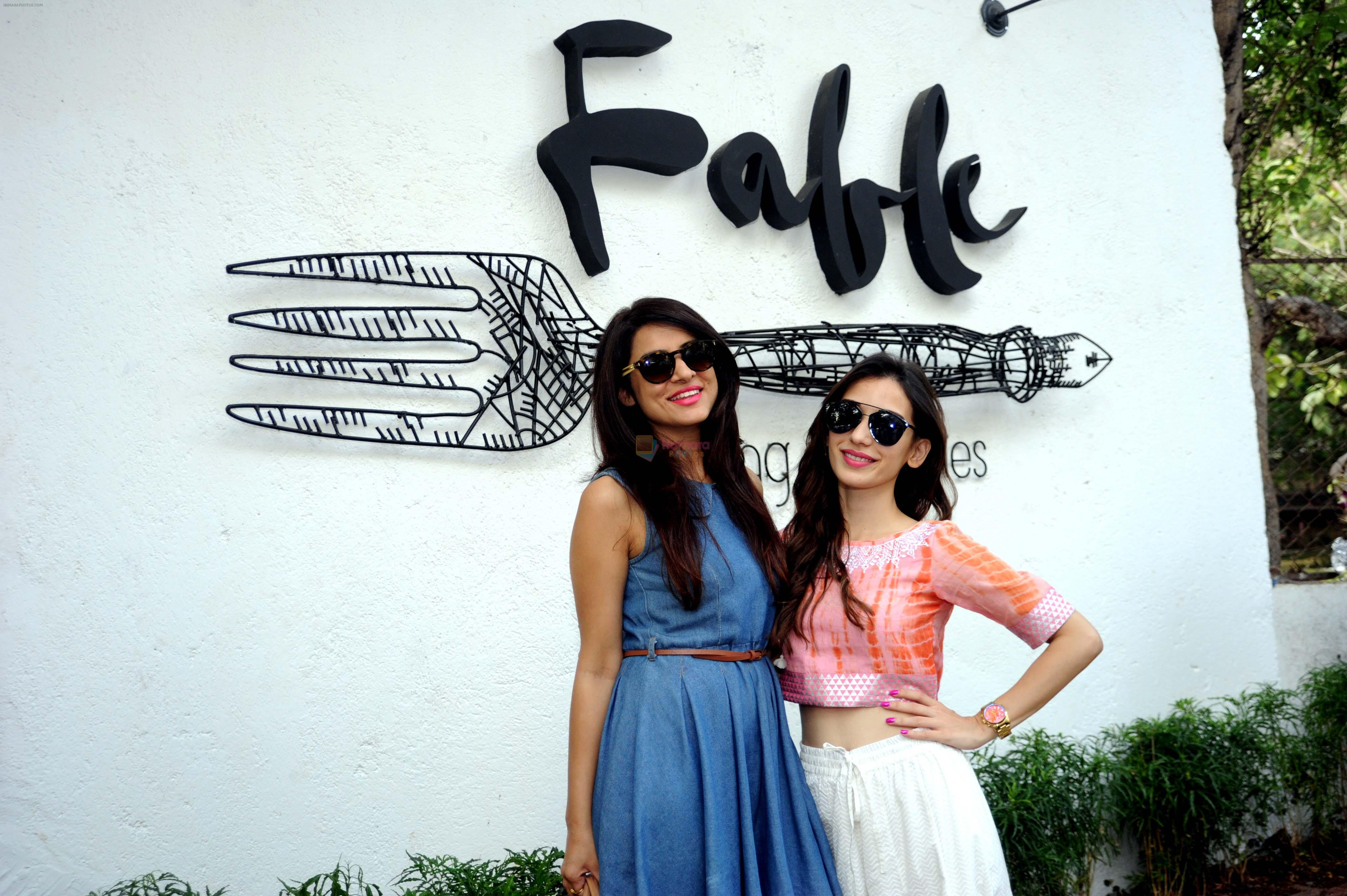 Simple Kaul and Heli Daruwala at Fable, Juhu