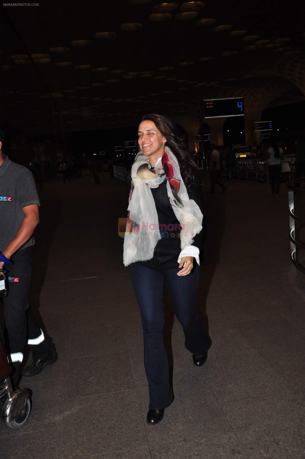 Neha Dhupia at international airport on 29th Dec 2015