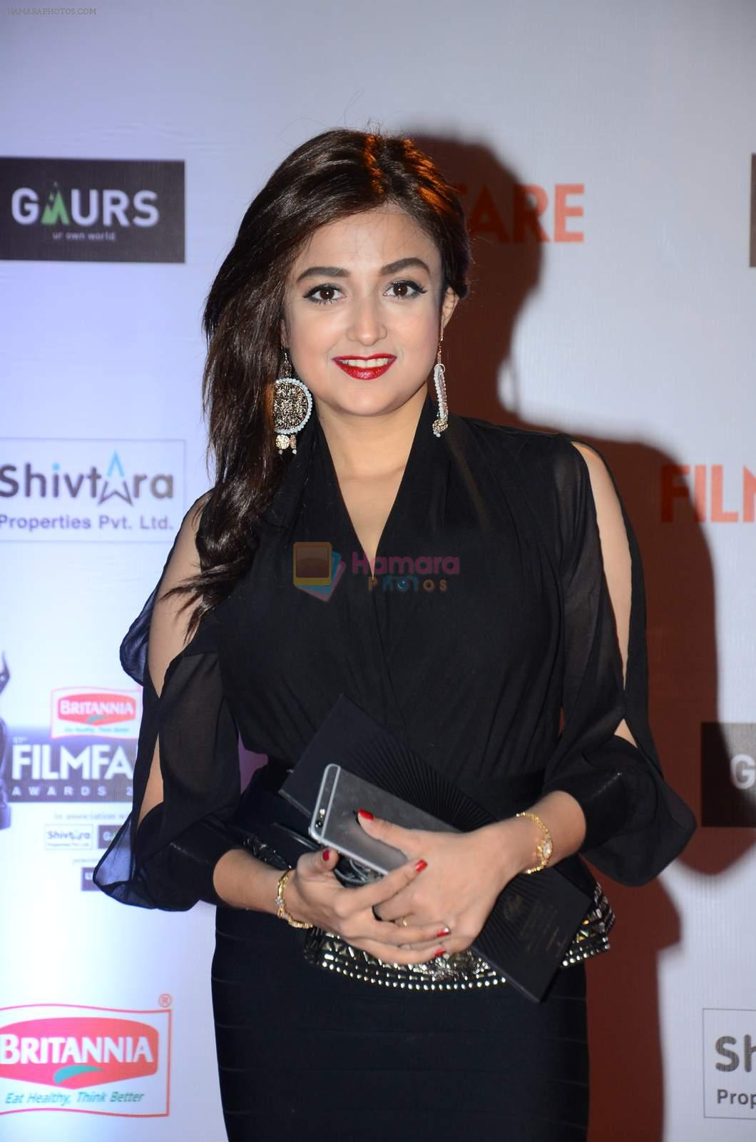 Monali Thakur at Filmfare Awards 2016 on 15th Jan 2016