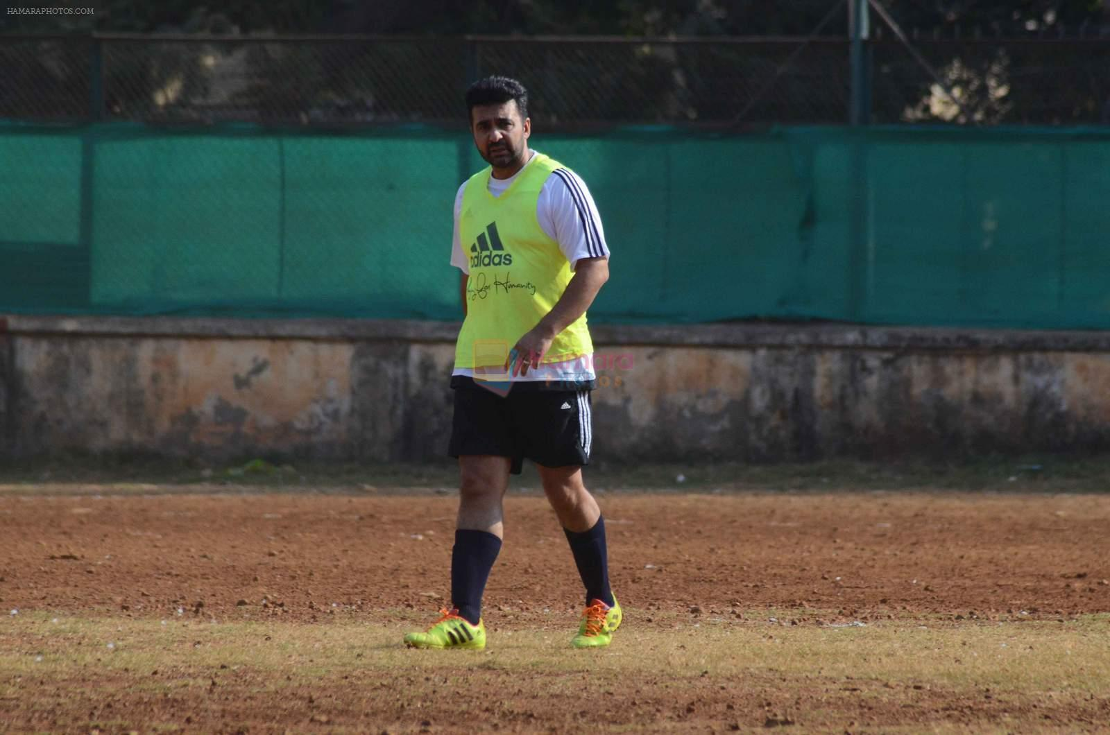 Raj Kundra snapped in action at soccer match on 18th Jan 2016