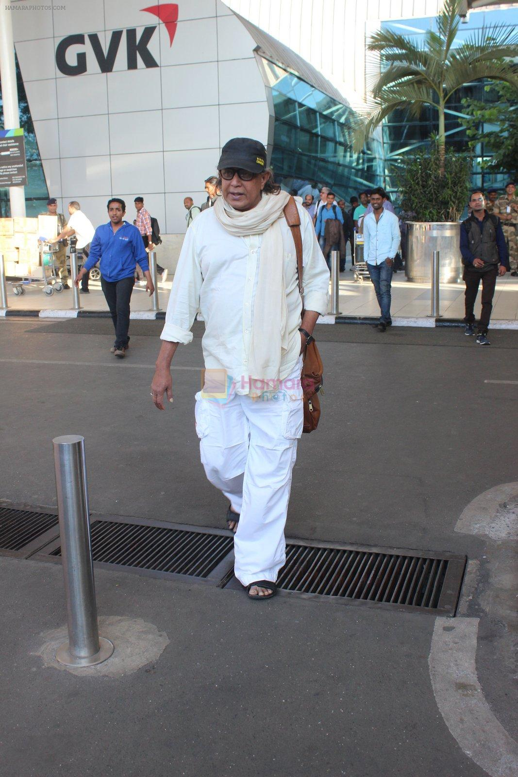 Mithun Chakraborty snapped at airport on 12th Feb 2016