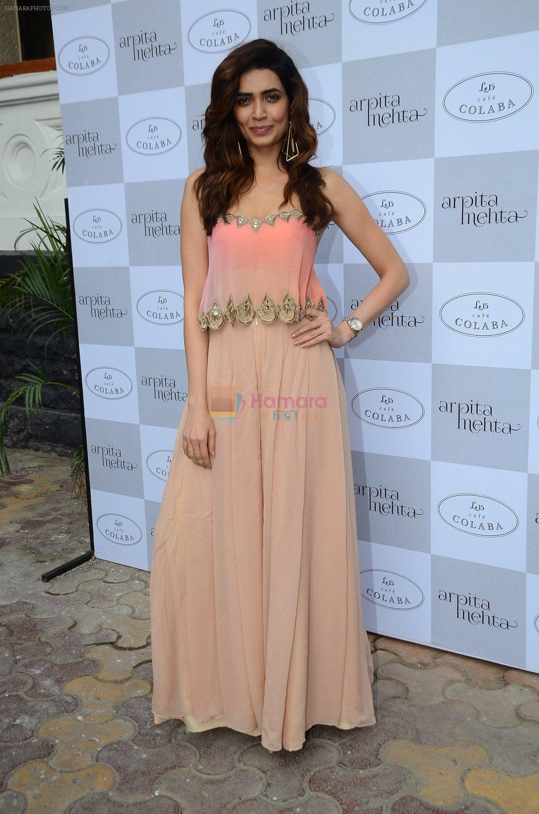 Karishma Tanna at Arpita Mehta's fashion preview in Le15 Cafe Colaba on 1st March 2016