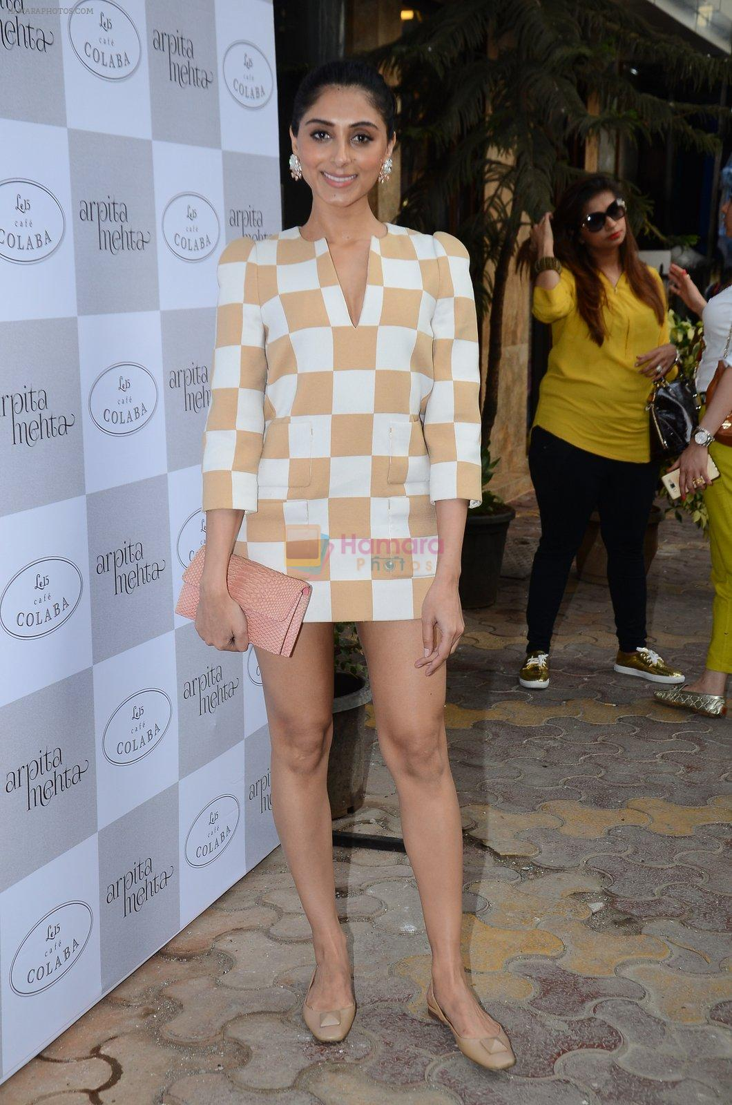 Perina Qureshi at Arpita Mehta's fashion preview in Le15 Cafe Colaba on 1st March 2016