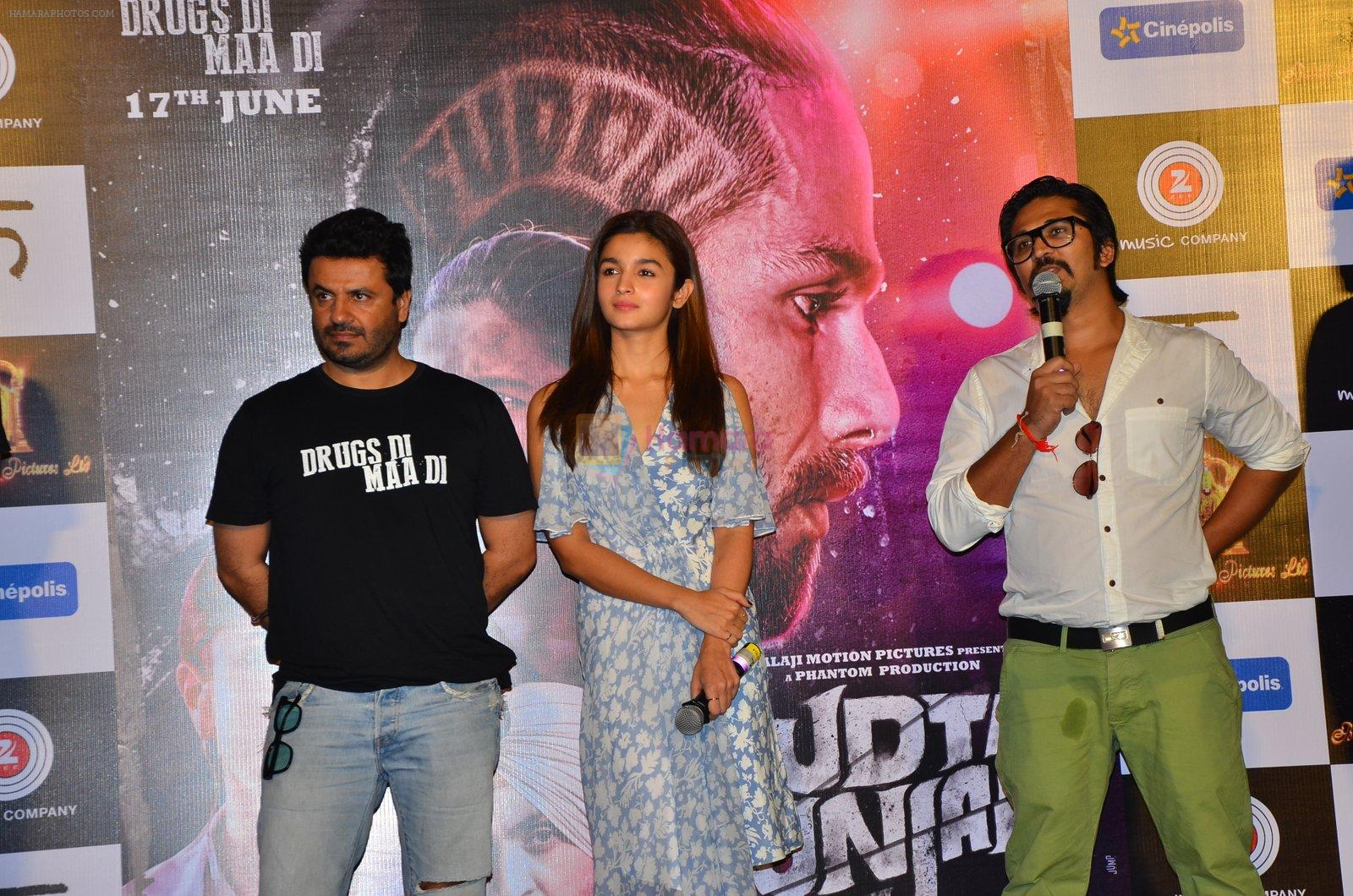 Alia Bhatt, Vikas Bahl,Amit Trivedi at Udta Punjab trailer launch in Mumbai on 11th May 2016