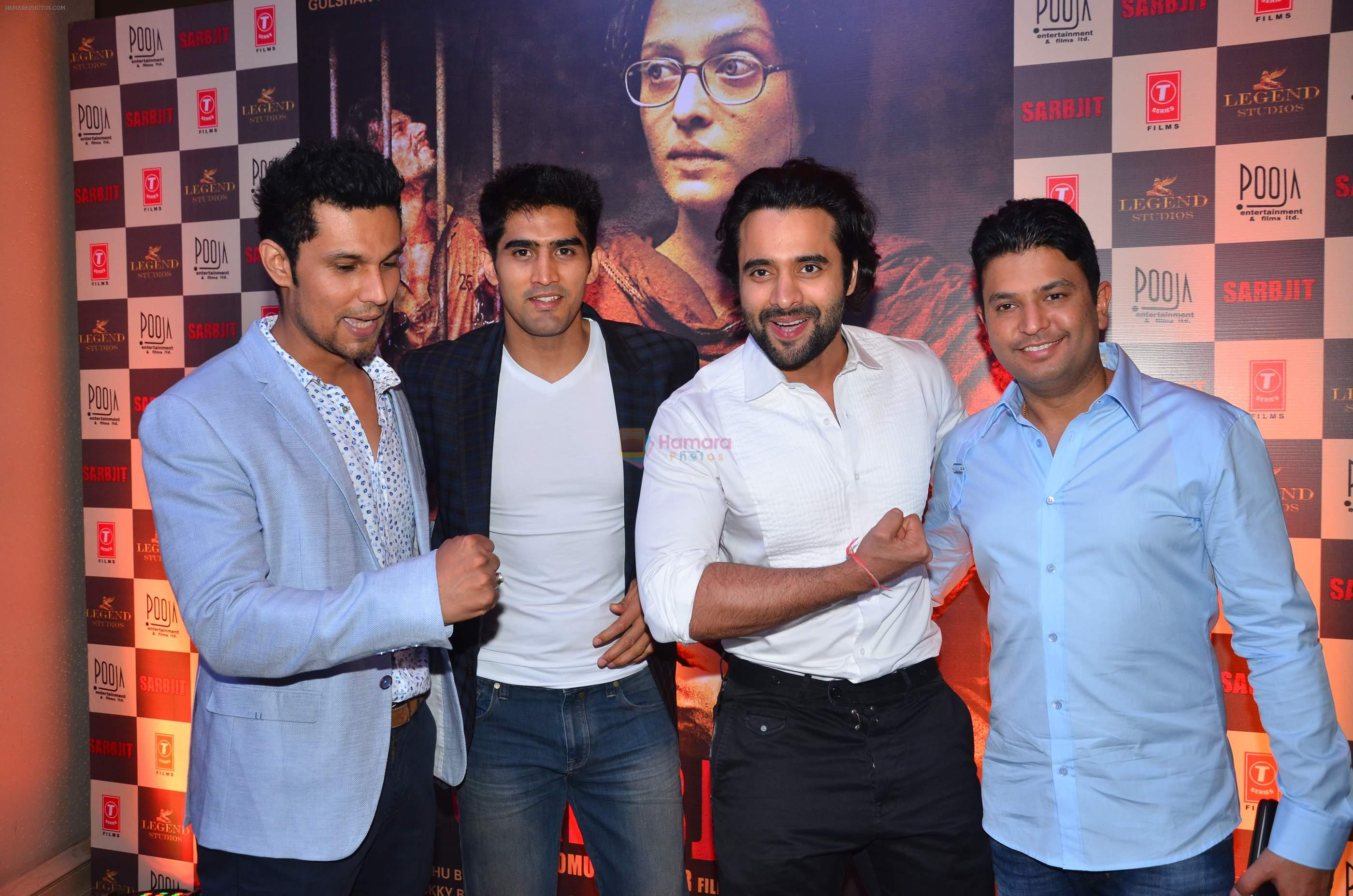 Randeep Hooda, Vijender Singh, Jackky Bhagnani, Bhushan Kumar at the Success bash of Sarbjit on 26th May 2016