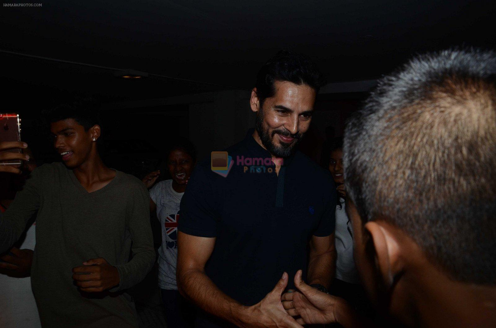 Dino Morea at Karan Johar's star studded bash in Mumbai on 18th June 2016