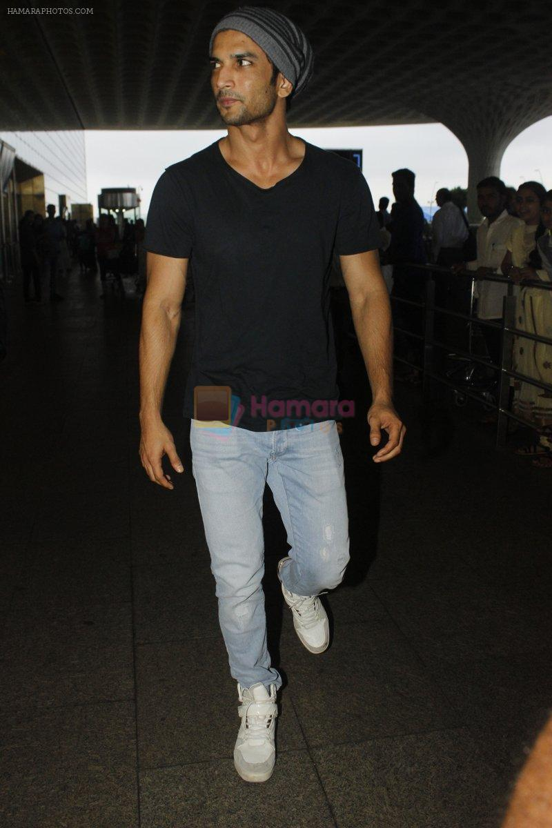 Sushant Singh Rajput snapped at airport on 22nd July 2016