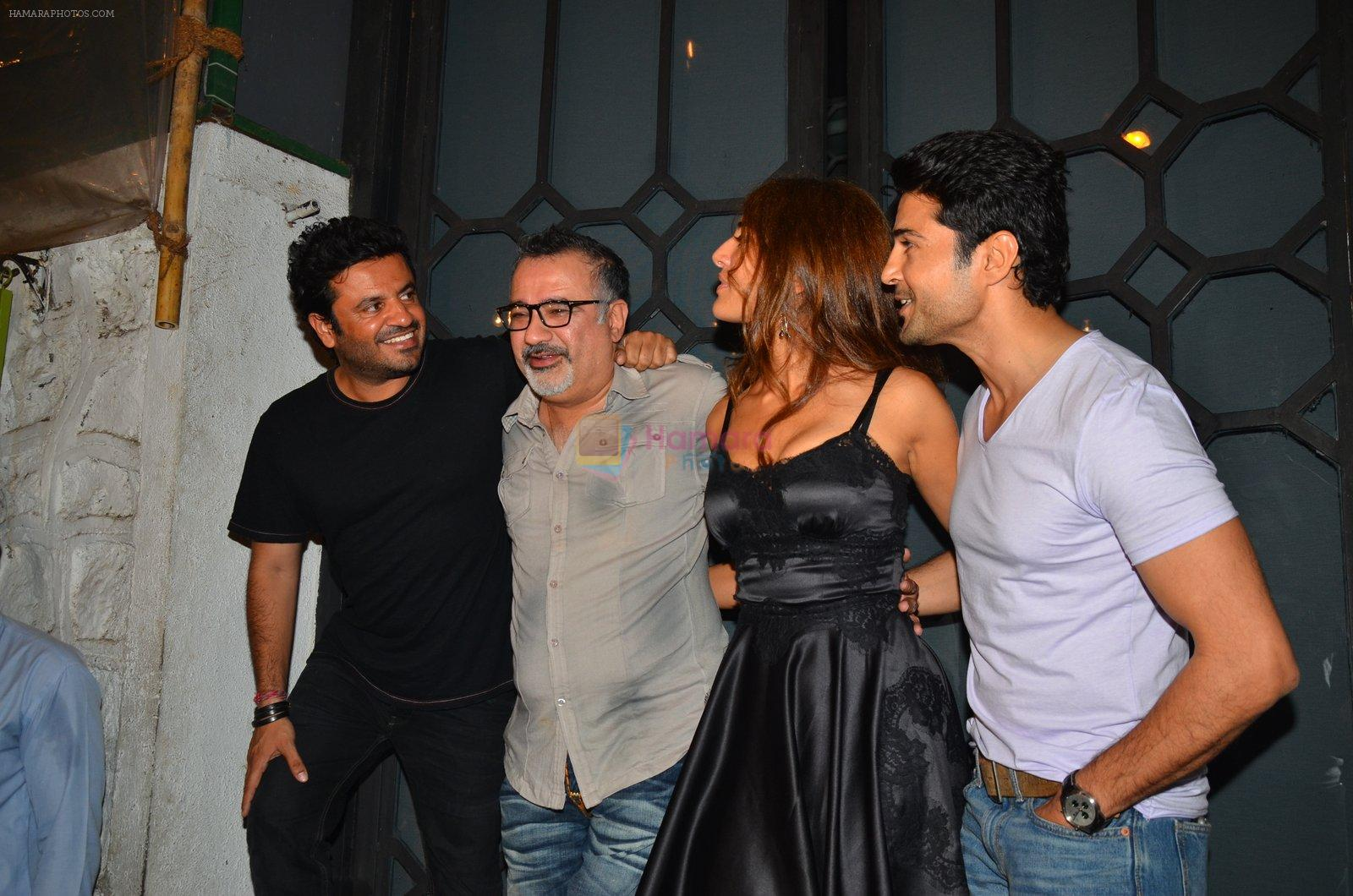 Vikas Bahl, Caterina Murino, Rajeev Khandelwal at a star-studded party for Caterina Murino on 26th July 2016
