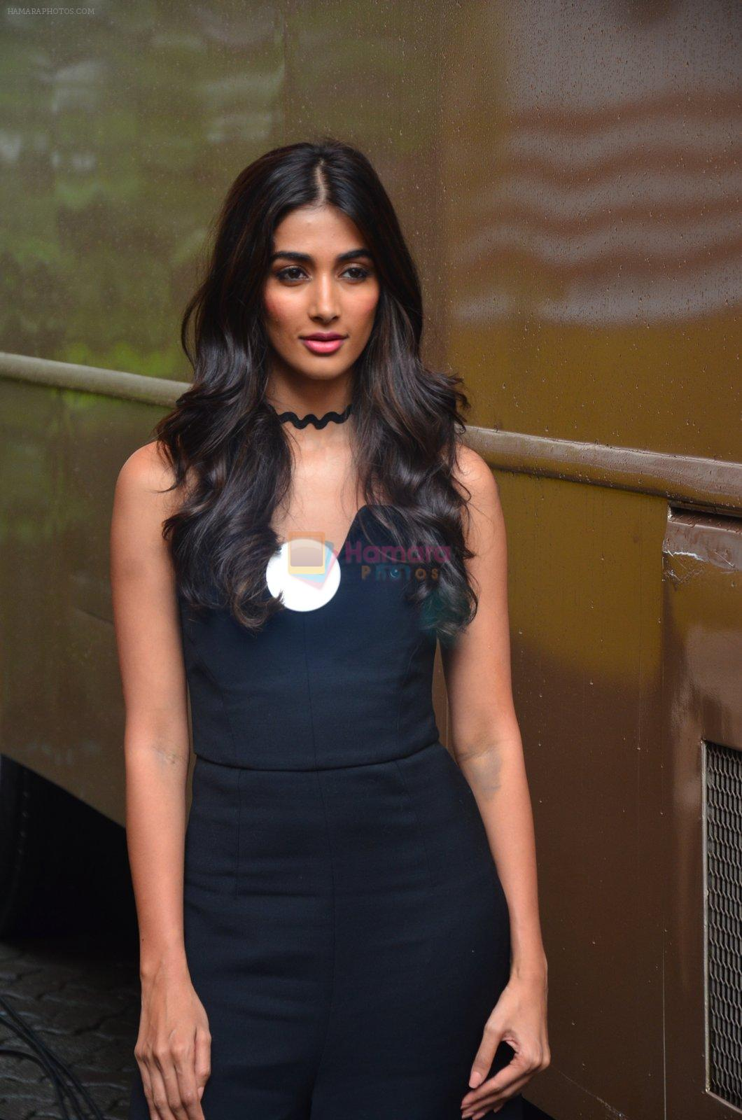 Pooja Hegde snapped in Mumbai on 29th July 2016