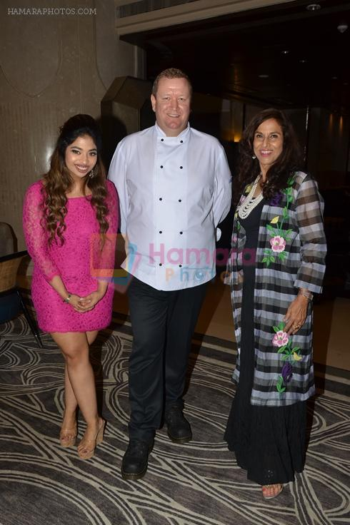 Anandita De, Chef Martin Kindleysides and Shobhaa De at The Drawing Room in St Regis Mumbai on 30th July 2016
