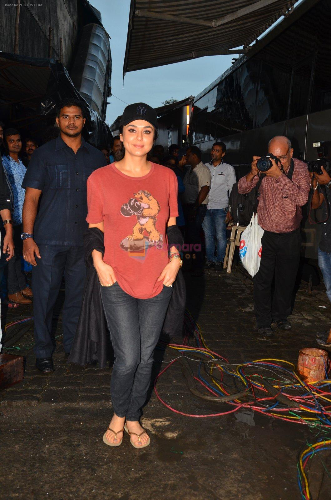 Preity Zinta at Superhit Bhaiya On location on 30th July 2016