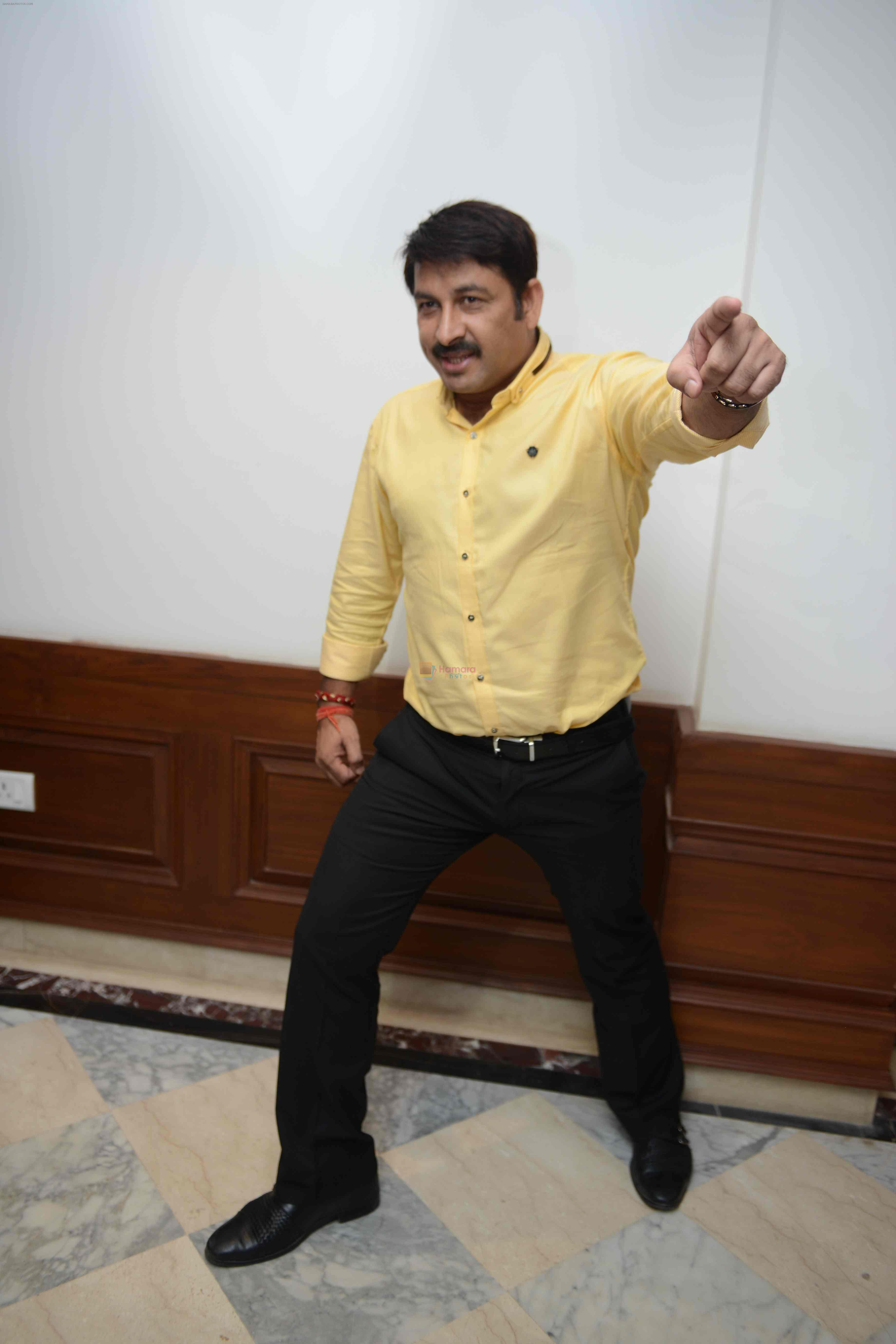 Manoj Tiwari during the Press confrence of Luv Kush biggest Ram Leela at Constitutional Club, Rafi Marg in New Delhi on 31st July 2016