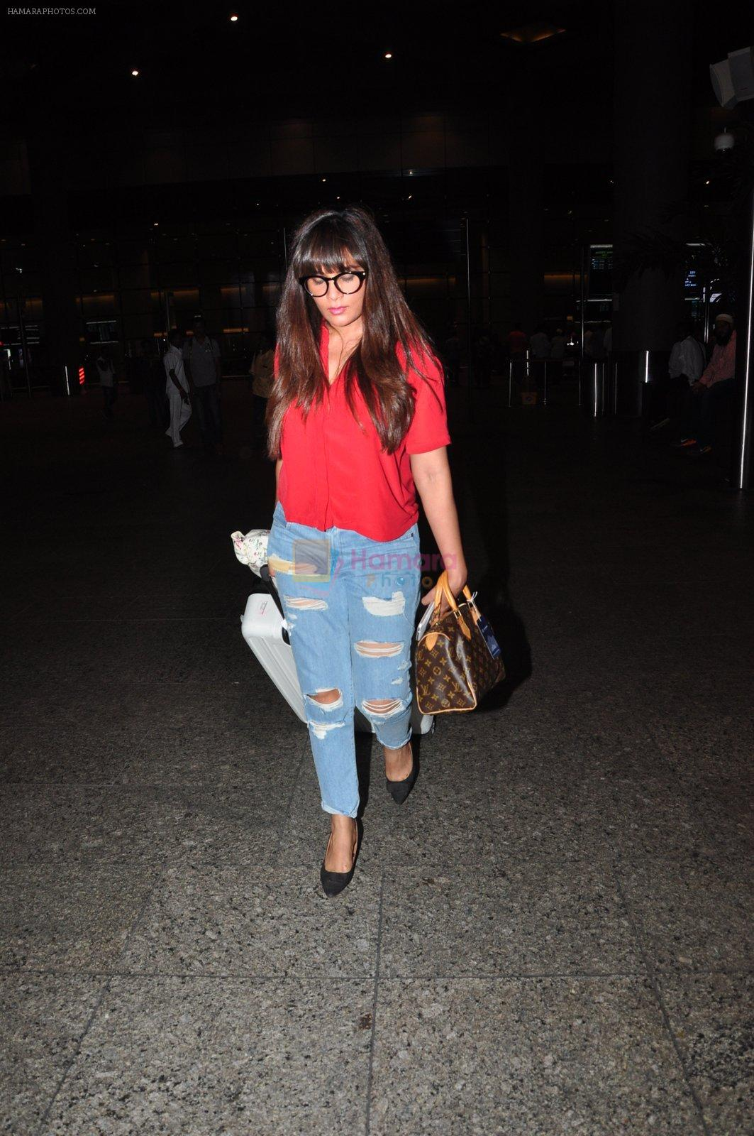 Richa Chadda snapped at airport on 1st Aug 2016